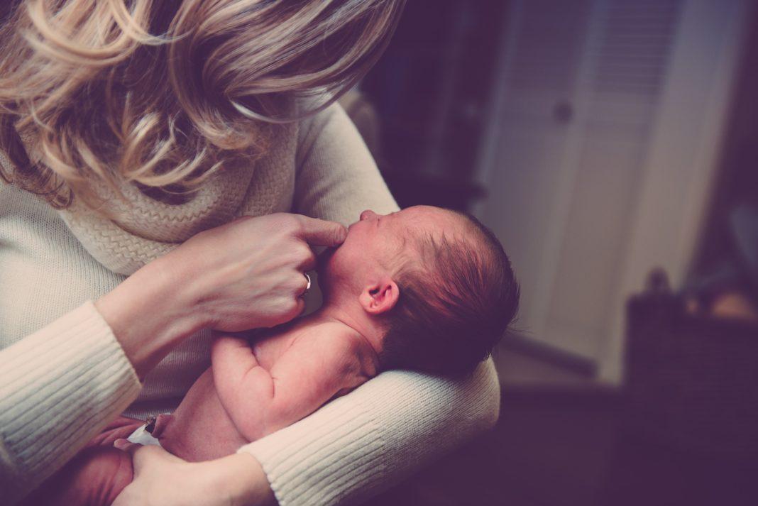 Comment déboucher le nez de bébé?