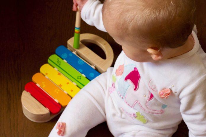 Apprendre une chanson pour bébé: les bénéfices pour l'enfant