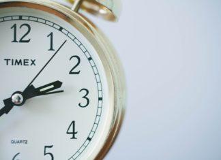 Apprendre à lire l'heure: 2 conseils pour apprendre en s'amusant