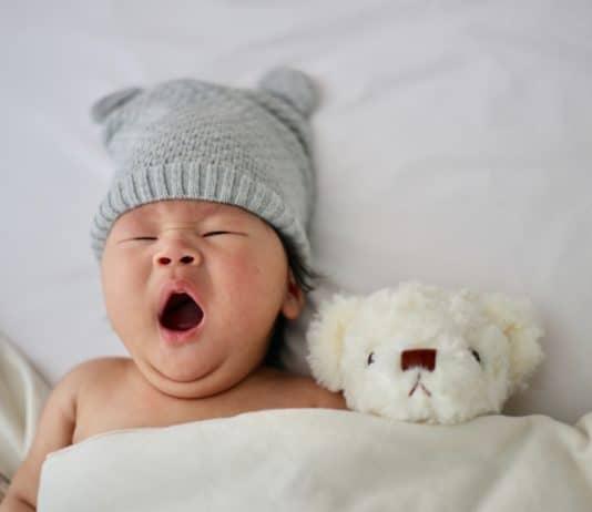 Combien d'heures faut-il aux enfants et aux bébés pour dormir ?
