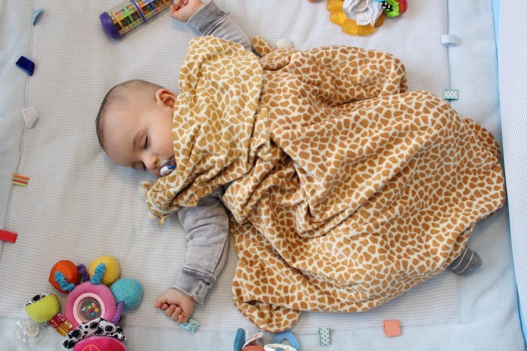 Comment apprendre à bébé à dormir dans son lit ?