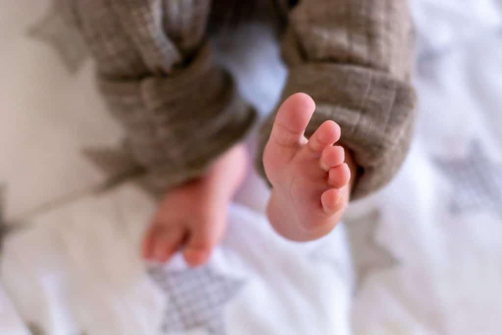 Utiliser les réseaux sociaux pour présenter votre bébé