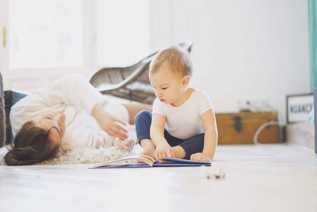 La jeune fille au pair : une option de garde pratique