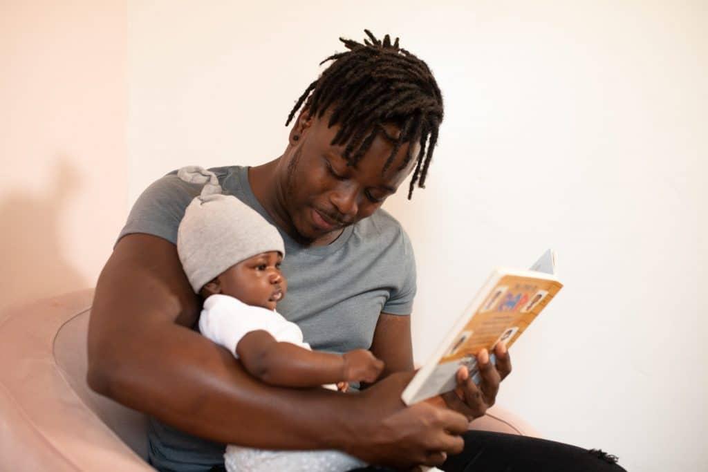 Une journée dans la peau d'un père au foyer