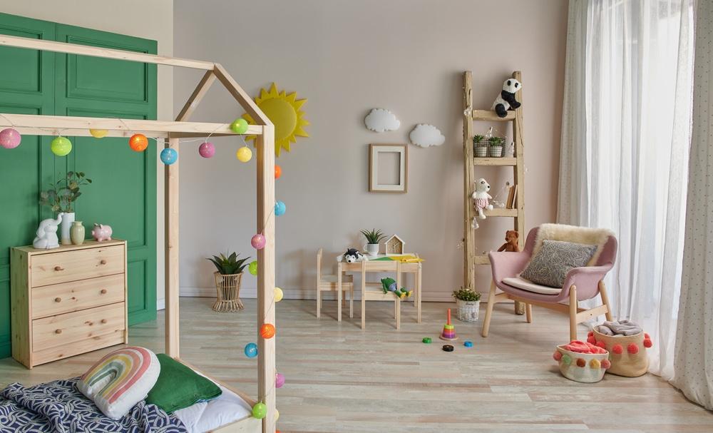 Une chambre Montessori adaptée et sécurisée