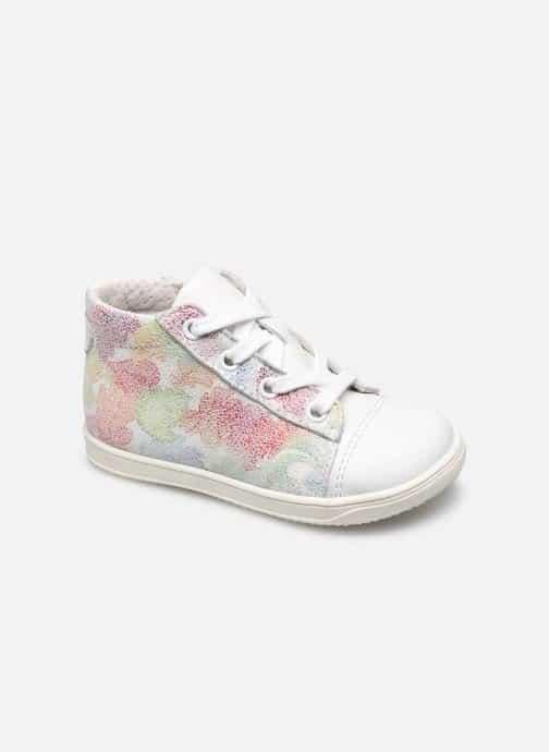 Les chaussures Little Mary, la marque recommandée par les kinés