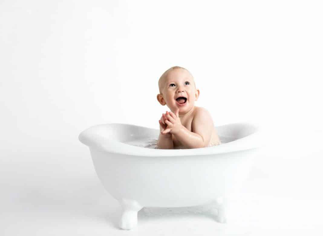 Sel d'epsom bébé : ses bienfaits pour votre petit bout