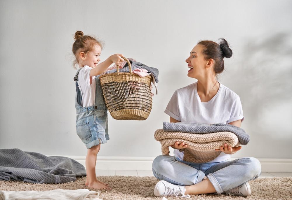 Pourquoi faire participer votre enfant aux tâches ménagères ?